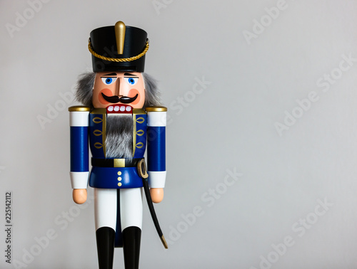 Fotografía  Handmade wooden Nutcracker Figurine - Soldier in blue Uniform, a typical Christm
