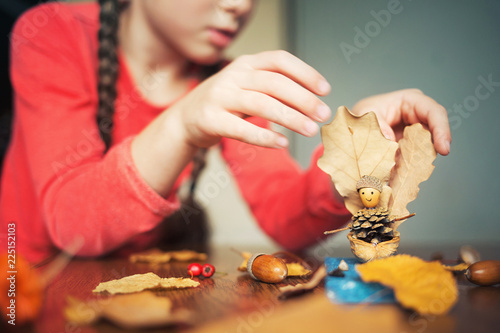 Photo  autumn craft with kids