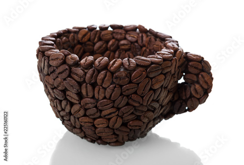 Photo  Cup made of coffee beans isolated on white background