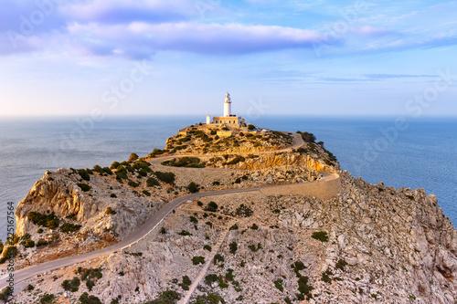 Zdjęcie XXL Mallorca latarni morskiej przylądka nakrętki Formentor krajobrazu wieczór natury podróży morska podróż Hiszpania
