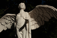 Marble Statue Of A Winged Ange...