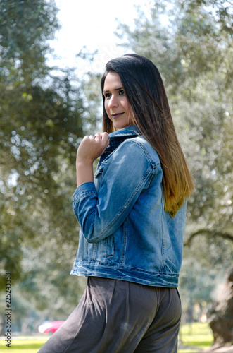 Foto op Aluminium Pauw woman autumn portrait. fashion girl outdoor. Autumn woman having fun at the park and smiling.