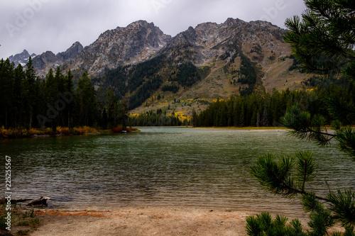 Poster Bergen lake in mountains