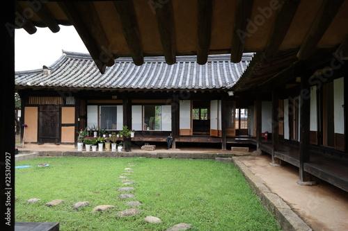 Foto op Aluminium Oude gebouw Sanun Folk Village