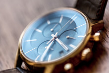 Montre Chronographe De Luxe Do...