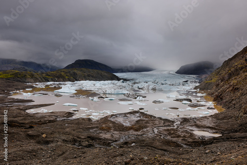 Spoed Foto op Canvas Arctica Frozen landscape at a drainglacier of the large glacier vatnajokull glacier, Iceland. Glacier provides water Ice Lagoon Jokulsarlon.