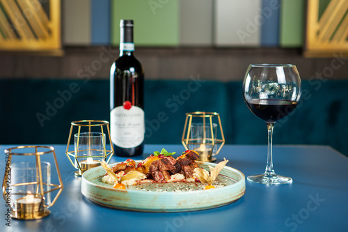 Spoed Foto op Canvas Klaar gerecht Delicious breast duck with mash potato and red wine on the table. Fine cuisine