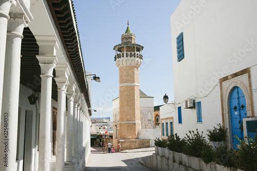 Foto op Aluminium Oude gebouw Turm in Algier