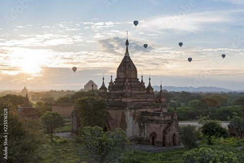 Photo  Temples of Bagan, Myanmar