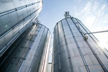 Farm Grain Bins