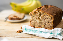 Banana Bread Loaf With Pecans ...