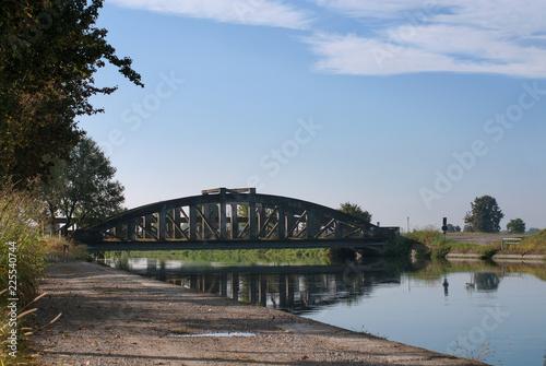Poster Bridges ponte sul canale dell'acqua