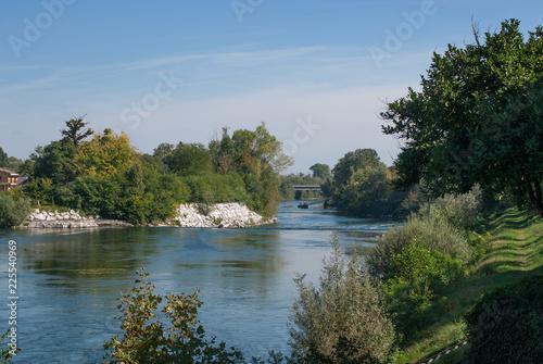 Foto op Plexiglas Rivier fiume adda