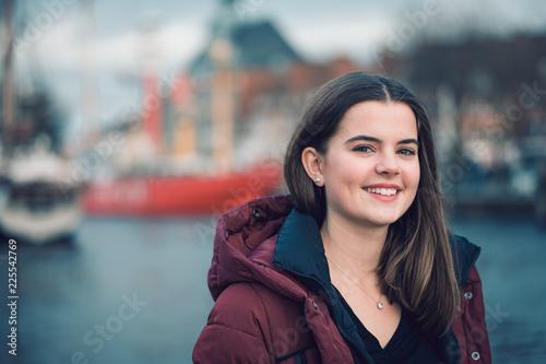 Fotomural Emden Girl