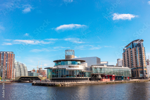 Staande foto Theater The Lowry at Salford Quays is the Greater Manchester`s most visited tourist attraction