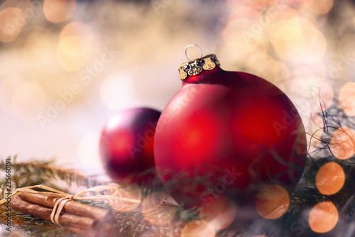 Rote Christbaumkugeln.Fototapeta Rote Christbaumkugeln Und Weihnachtsdeko