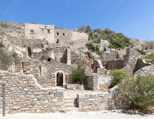 Staande foto Rudnes Развалины города на острове Спинало́нга. Крит, Греция