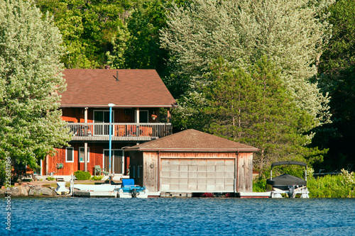Fotografija Cottage witha boathouse