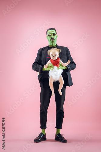Halloween Family Canvas-taulu