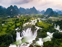 Ban Gioc Detian Waterfall On C...