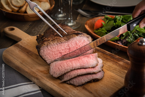 Papiers peints Viande slicing roast beef