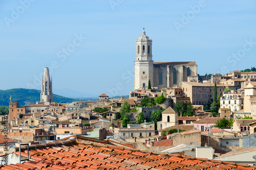 Staande foto Mediterraans Europa Top view of historic medieval center of Girona, Spain