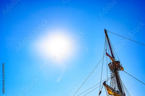 Valokuva  Sails and ropes of the main mast of a caravel ship, Santa María Columbus ships