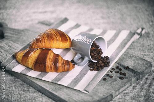 Wall Murals Coffee beans petit déjeuné,café,croissant