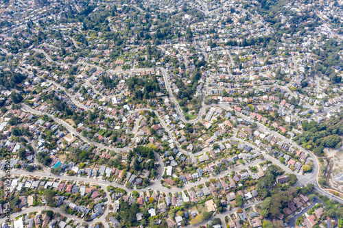 Fotomural Aerial View of Crowded Housing in Bay Area of Northern California