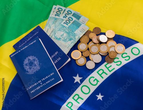"Fotografía  A portfolio of brazilian workers(Translation""Work Permit, Ministry of Labor and"
