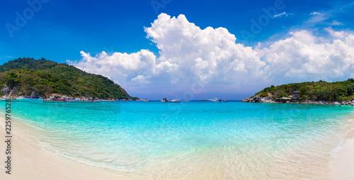Foto op Plexiglas Asia land Racha (Raya) island, Thailand