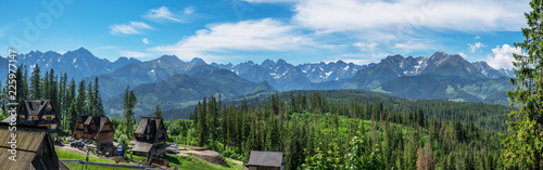 Foto auf AluDibond Blau Landscape of High Tatras in the spring.