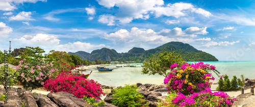 Photo  Phi Phi Don island, Thailand