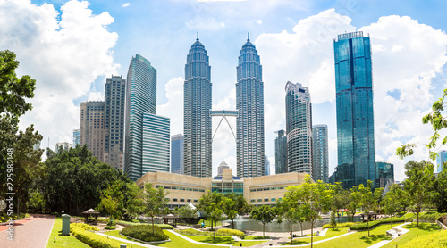 Canvas Prints Kuala Lumpur Petronas Towers in Kuala Lumpur