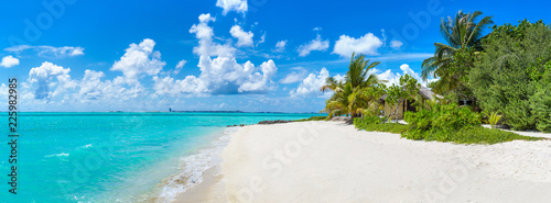 Fotografía  Tropical beach in the Maldives