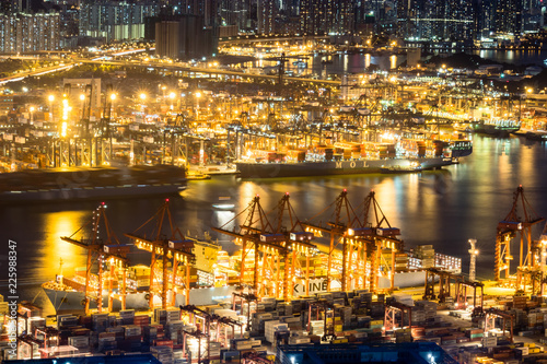 Fotobehang Poort Hong Kong view with its ports and sea commerce trading