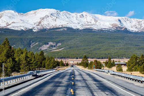 Keuken foto achterwand Verenigde Staten Highway in Colorado Rocky Mountains