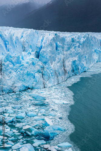 Fotobehang Gletsjers The Perito Moreno Glacier is a glacier located in the Los Glaciares National Park in Santa Cruz Province, Argentina. Its one of the most important tourist attractions in the Argentinian Patagonia.