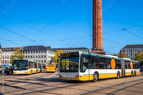 Fotografia Stadtbusse am Luisenplatz, Darmstadt