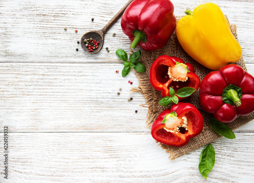 Stampa su Tela Red and Yellow Bell peppers