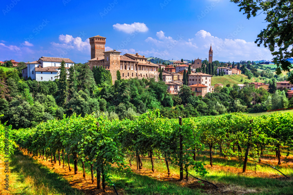Fototapety, obrazy: Romantic vine route with medieval castles in Italy. Emiglia Romagna region, Levizzano village