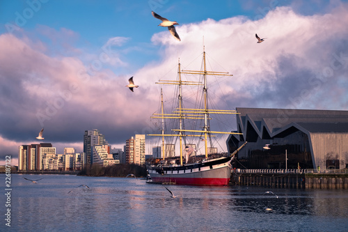 Morning view on the river Clyde and Glenlee, steel-hulled three-masted barque. The Tall Ship at Glasgow Harbour. Scotland