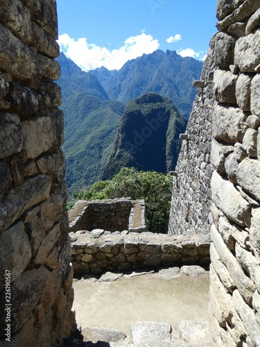 Spoed Foto op Canvas Zuid-Amerika land Fenêtre sur la vallée sacrée