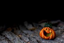 Zucca Di Halloween Su Legno
