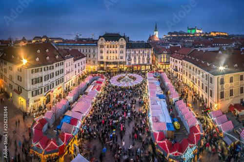 Photo Weihnachtsmarkt in Bratislava, Slovakei