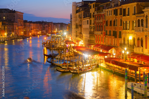 Fototapety, obrazy: Grand Canal gondolas embankmentat illuminated at night, Venice Italy
