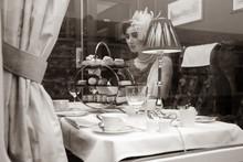 Beautiful Woman In Vintage Clo...