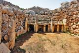 Fototapeta Kamienie - Ġgantija - megalithic temple complex from the Neolithic on  island of Gozo in Malta