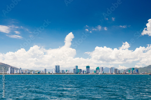 Fotobehang Aziatische Plekken Nha Trang Vietnam Skyline