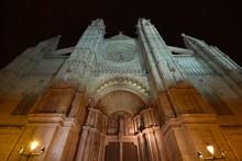 Cathedral Of Palme De Mallorca At Night